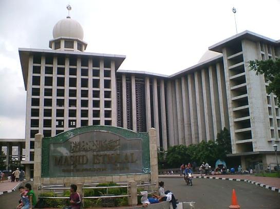 14 Masjid Istiqlal di Jakarta