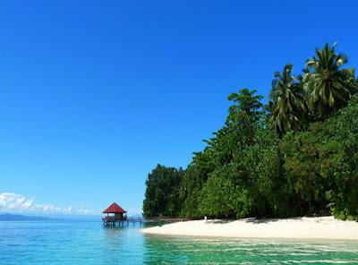 27 Perairan Teluk Cendrawasih