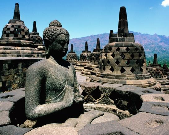 4 Candi Borobudur